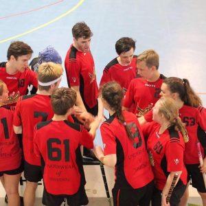 U19 floorball players